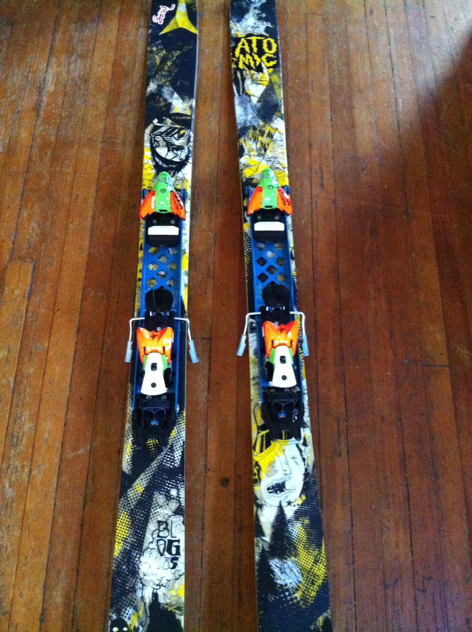 Skis Top