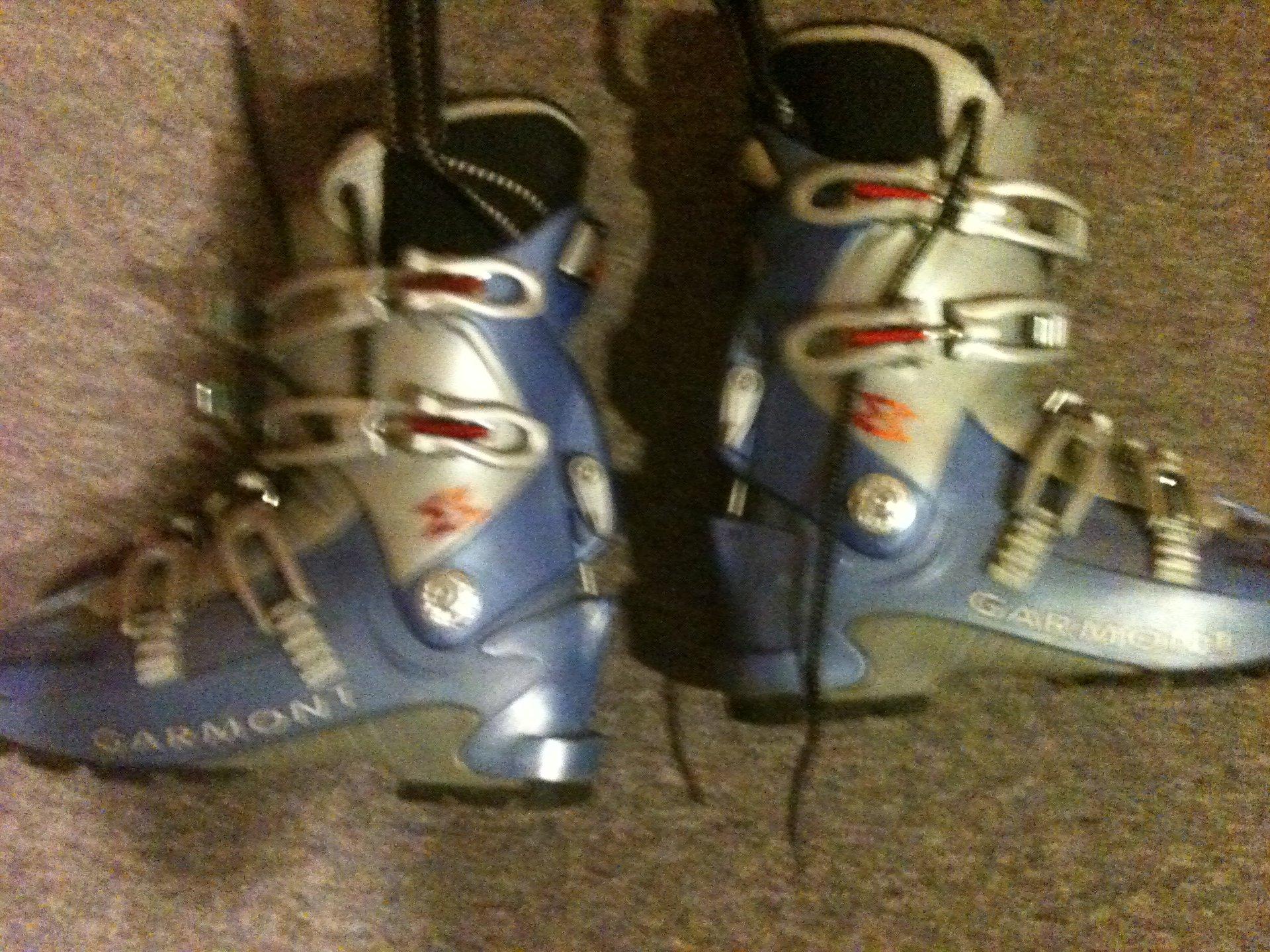 ski boots FS
