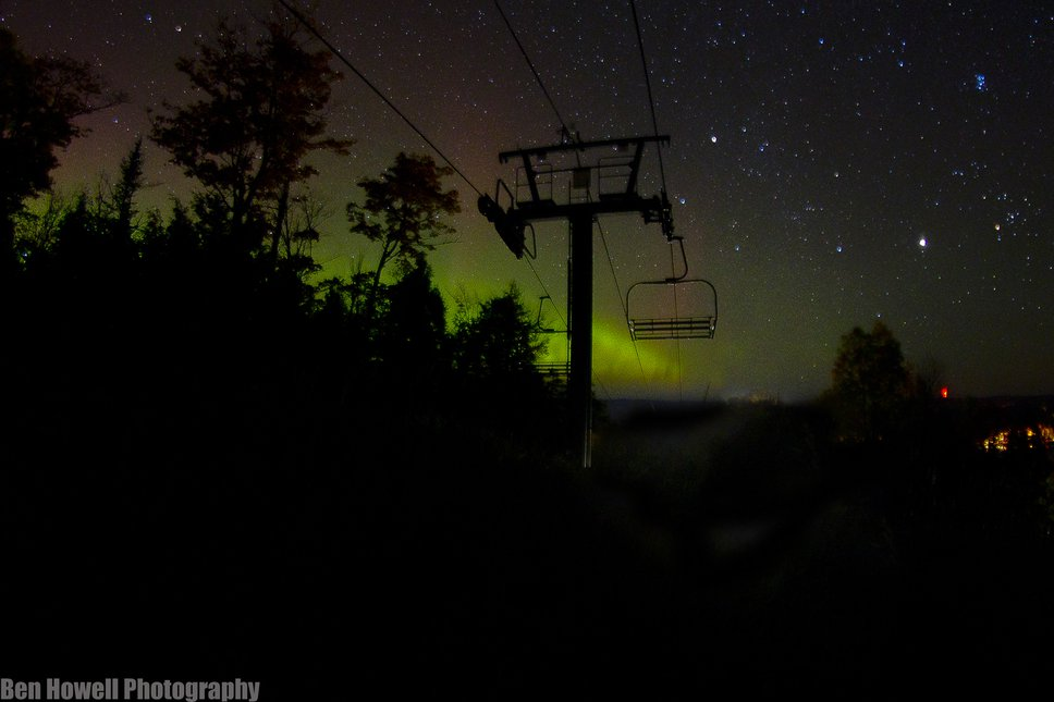 chair lift Northern lights