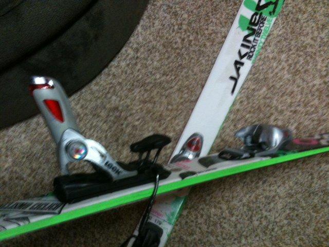 ski bindings.JPG