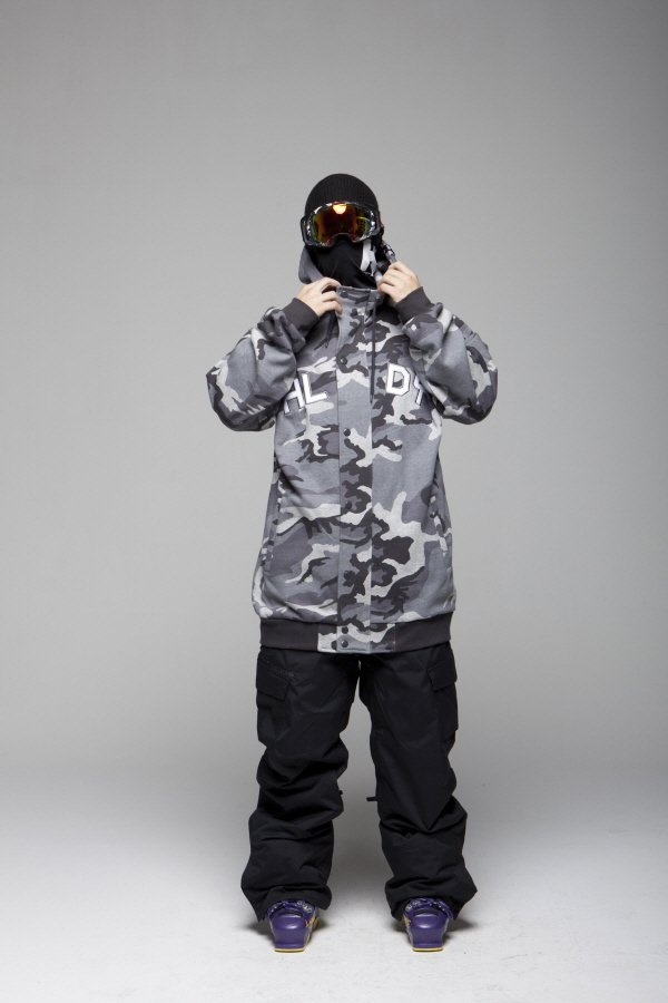 HOLIDAYOUTERWEAR-player hoodie zipup