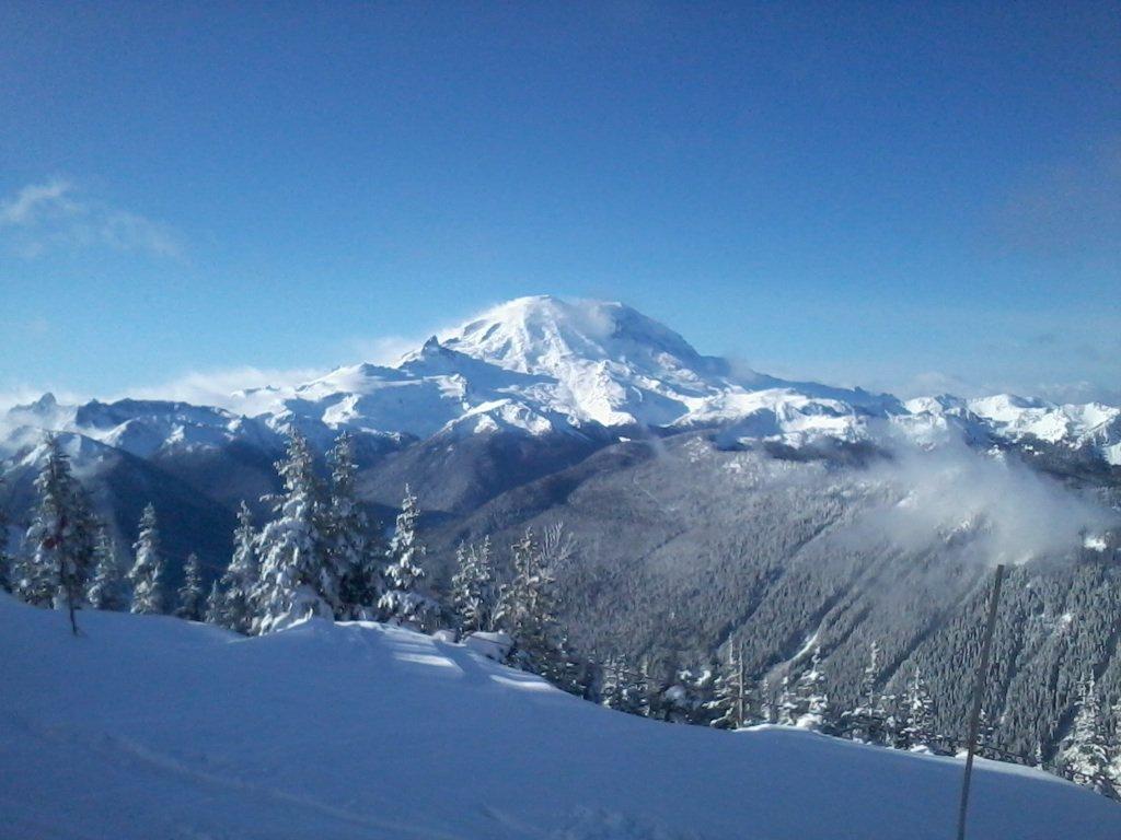 Mt Rainier from Crystal mt