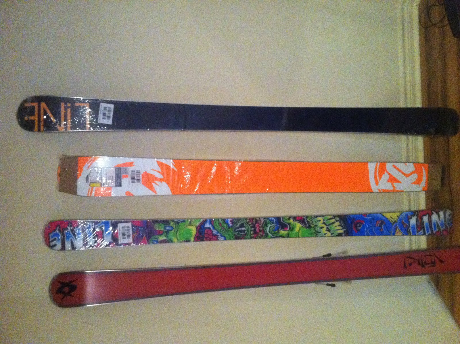 Skis for sale bottom