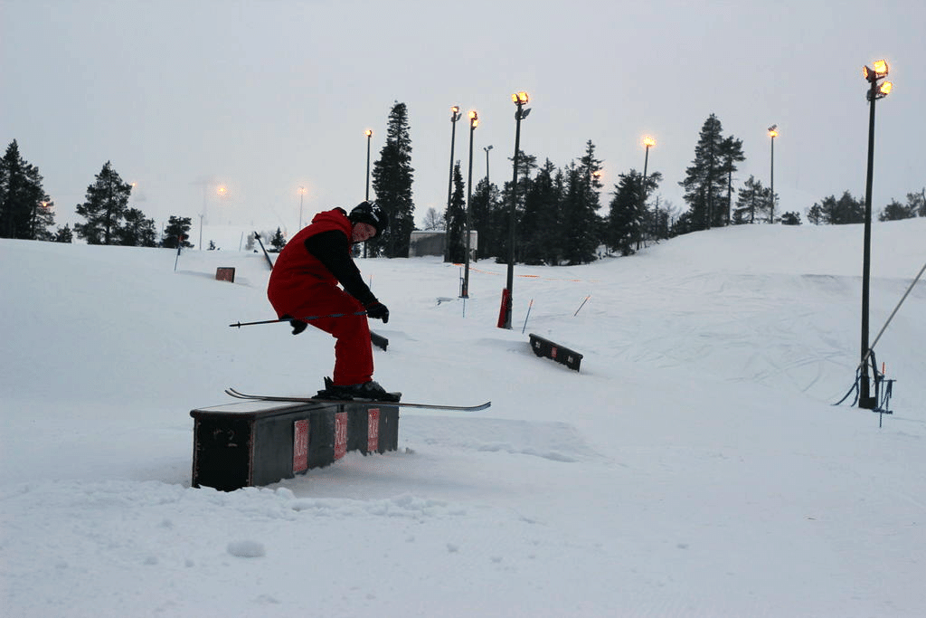 My friend shredding at Ruka