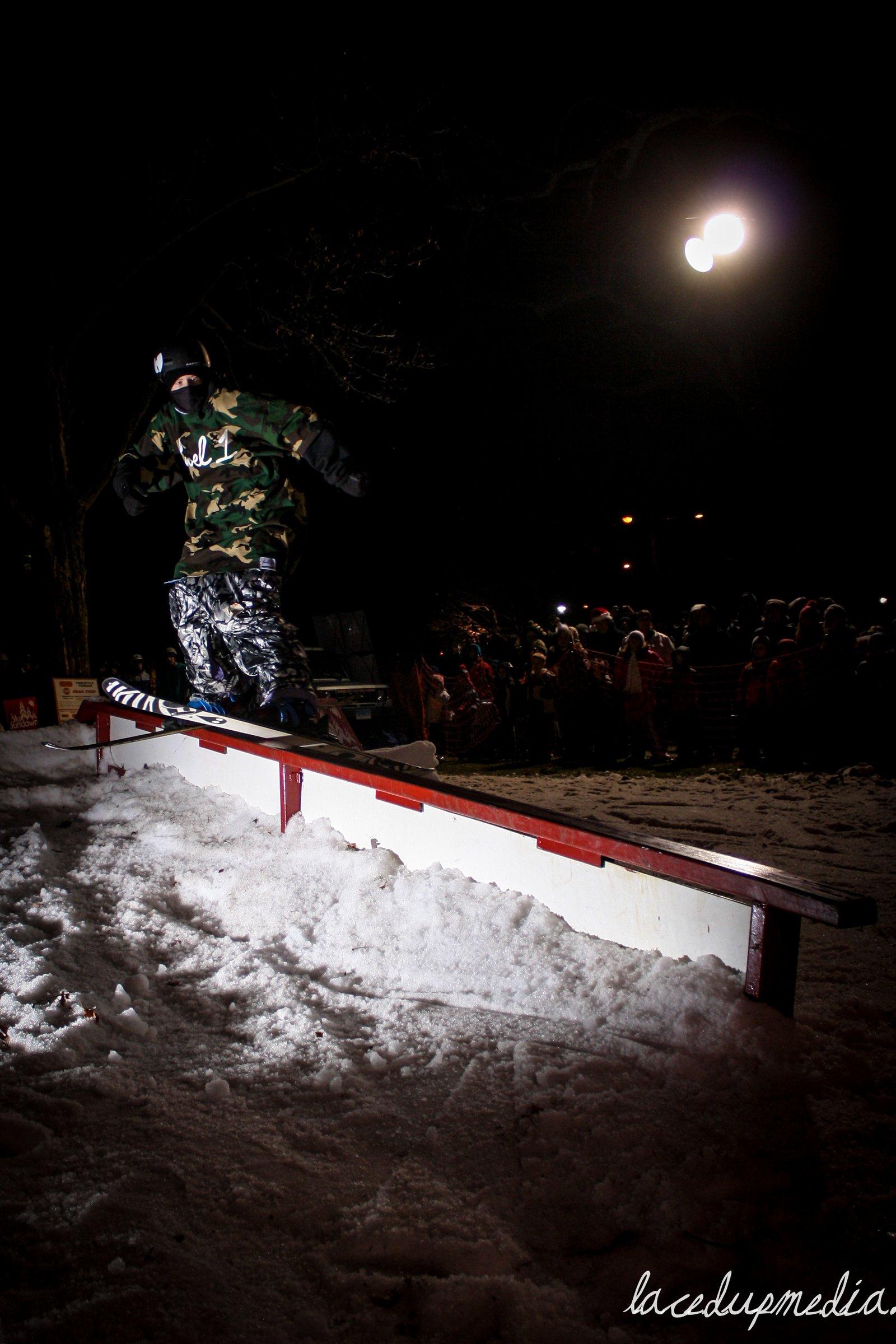Simsbury Celebrates Skiing