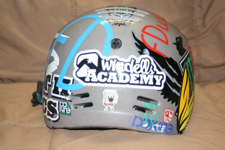 back of grey smith maze helmet