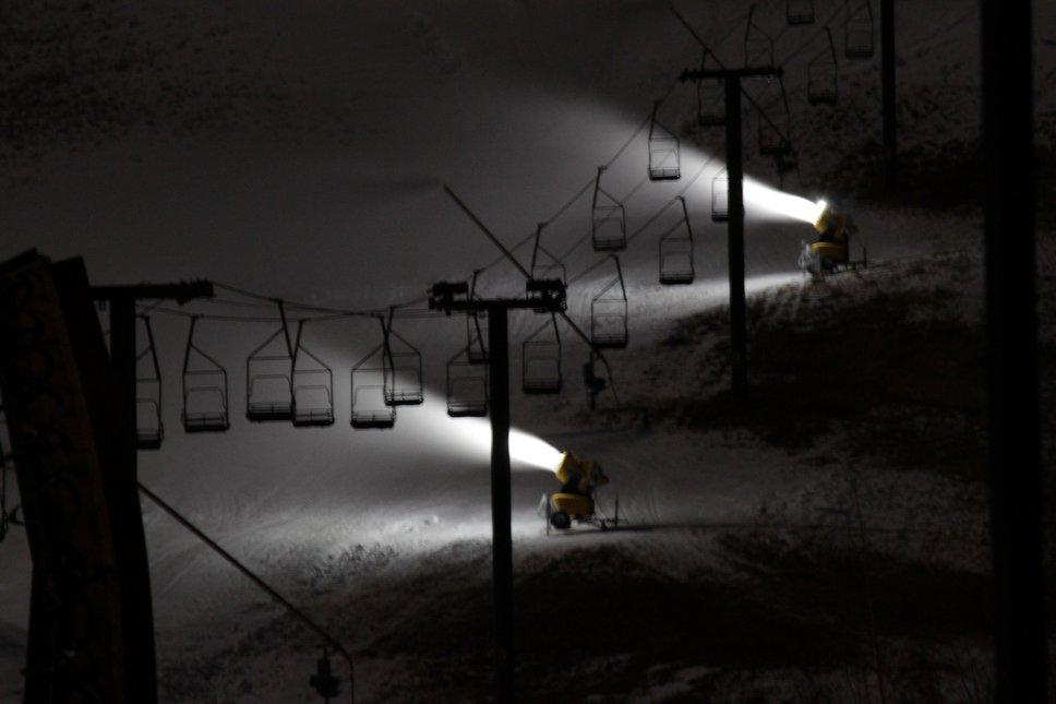 Snowguns a Blazin