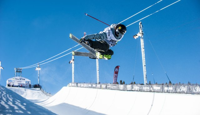 Dew Tour Women's Ski Halfpipe Semi-Finals