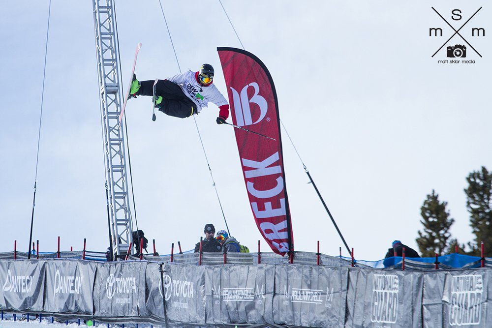 THall back in the Pipe @ Dew Tour