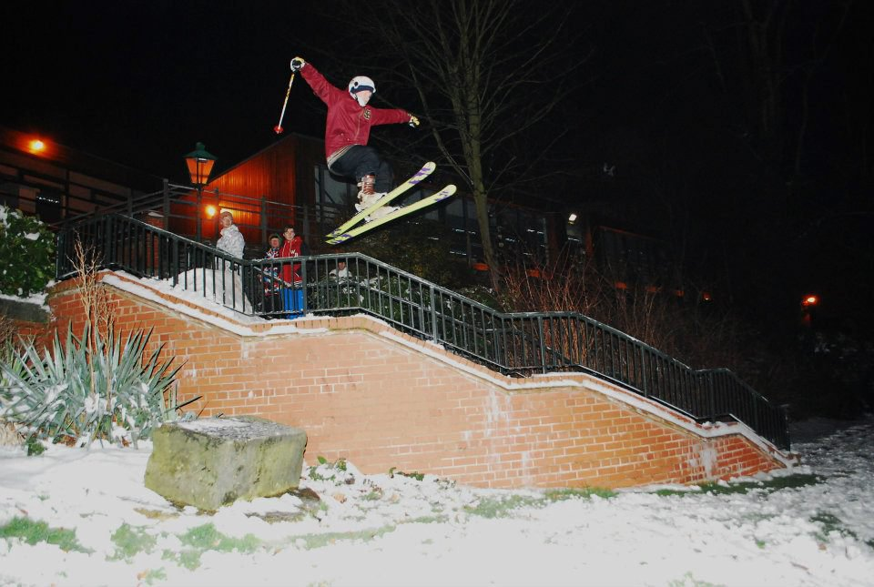 Rail Kicker, Night Shot