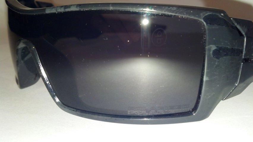 FS: Polarized Oakley Oil Rig