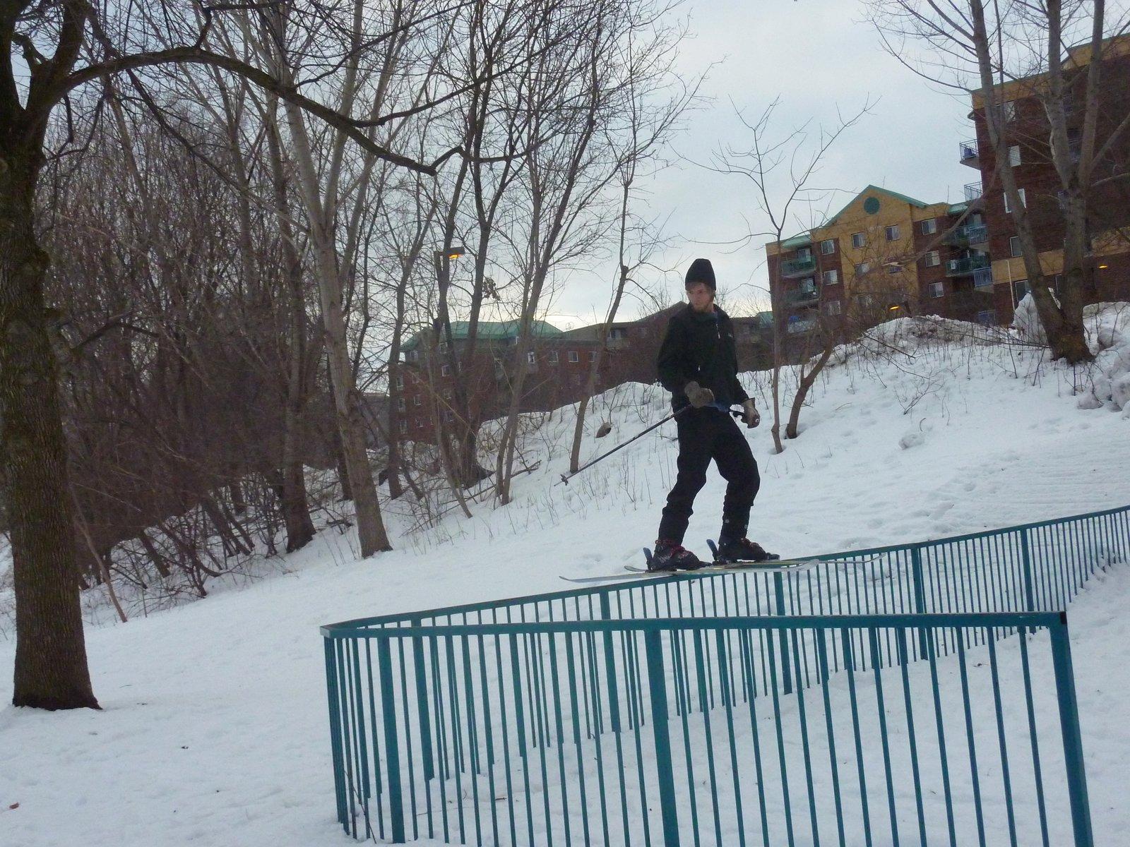 Sandy Hill rail