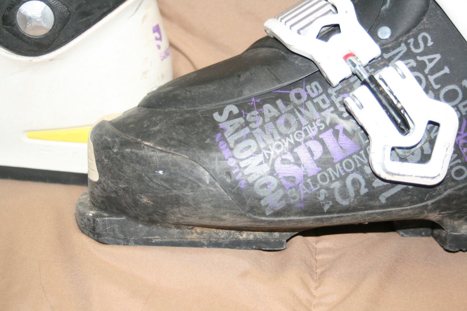 SPK black toed boot