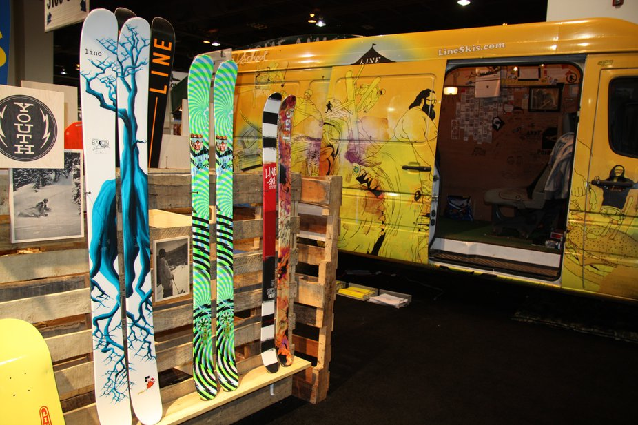 SIA - Line Skis