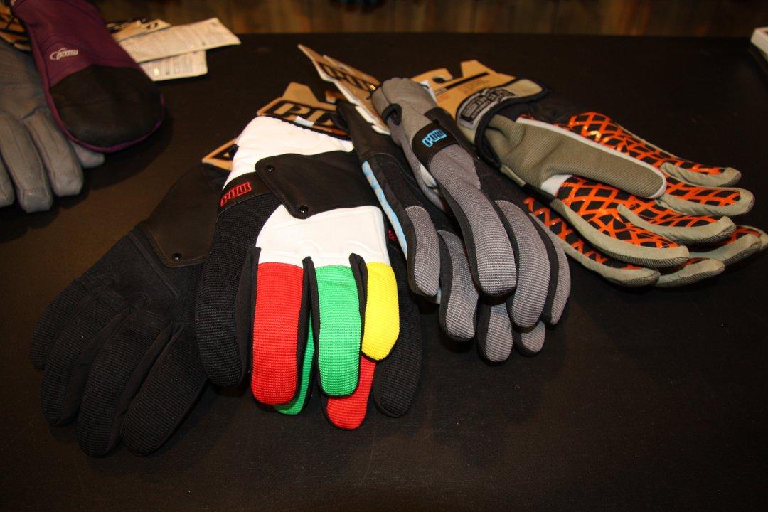 SIA - POW Gloves