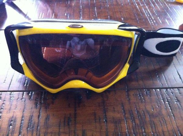 Yellow / Black Crowbar