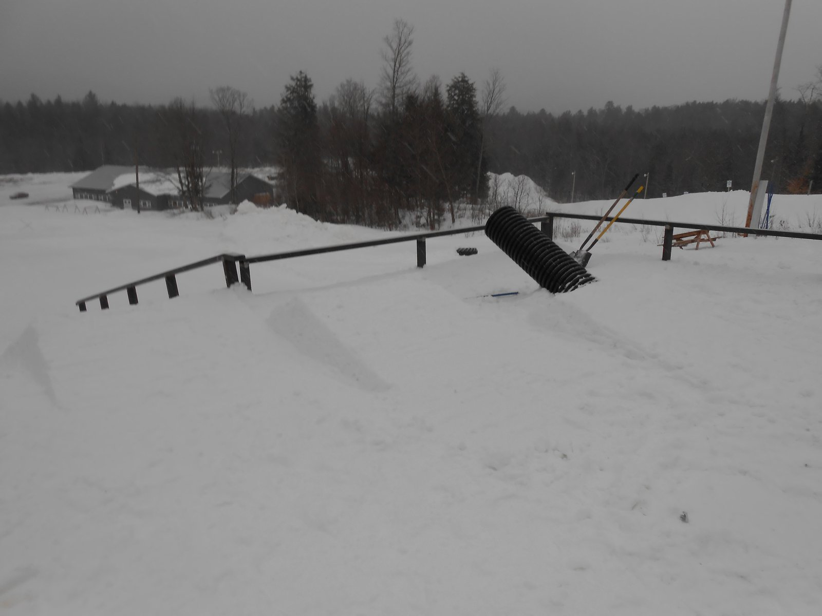 Rail jam setup in progress