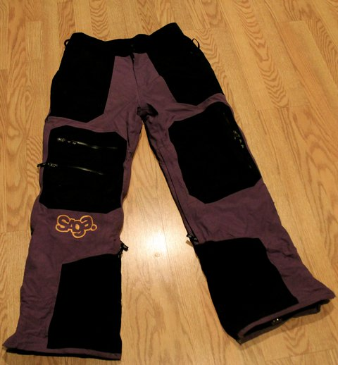 Saga pants L 80$ shipped