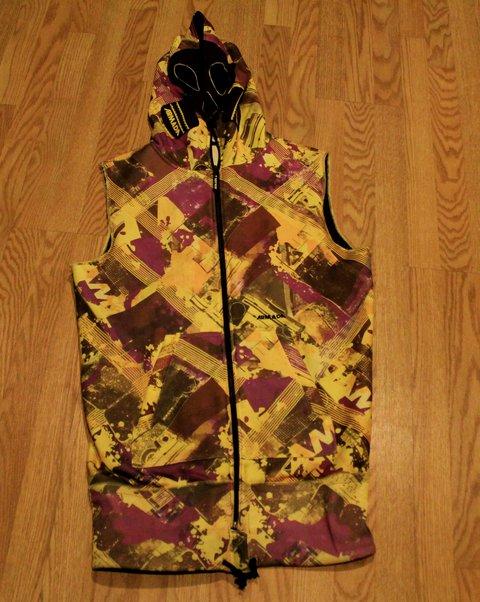 Mike Hornbeck Armada Vest 60$ shipped