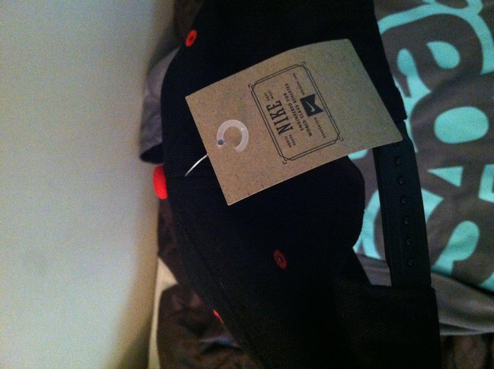 Nike tag