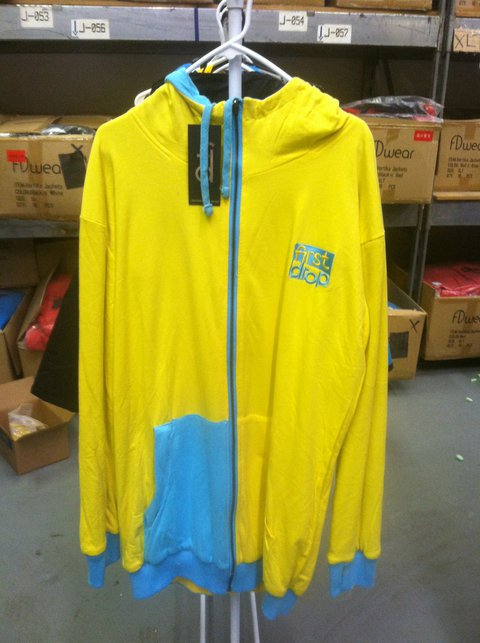 Blue n' Yellow Reversible (Side 2)