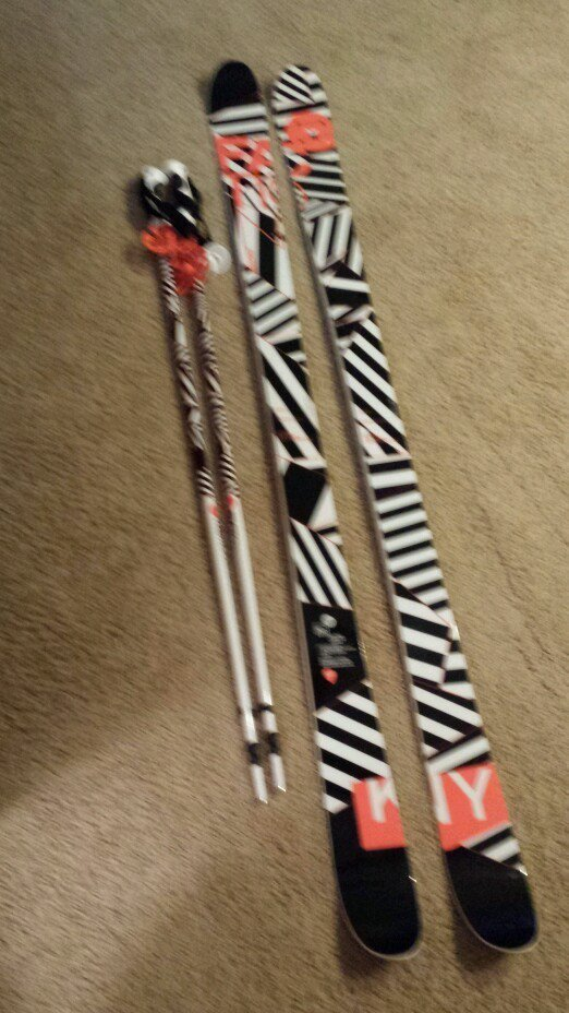 Faction freestyle skis 2013 Kennedy 173cm and poles 46 inches