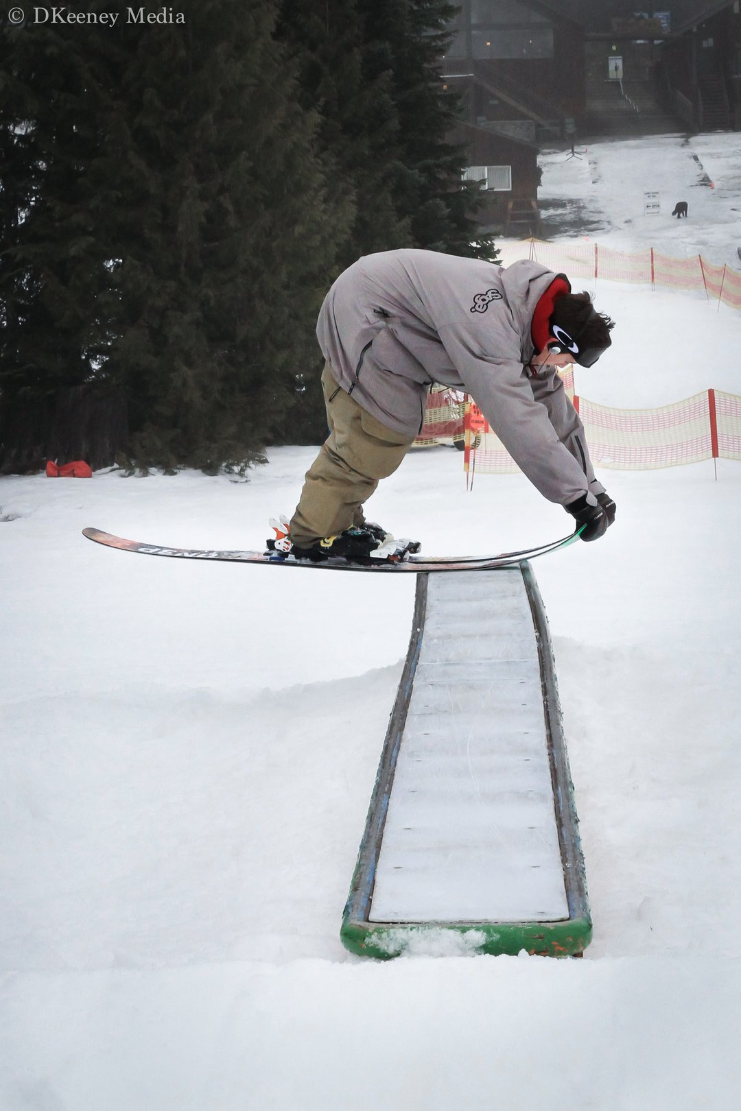 pow skis nose press