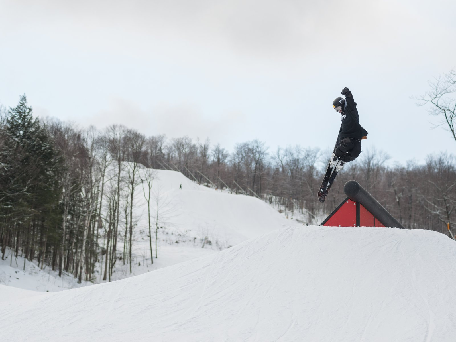 Front 2 Tail Grab