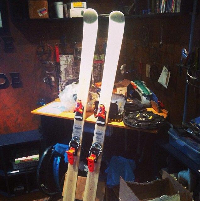 A Look Inside: Ski Durability