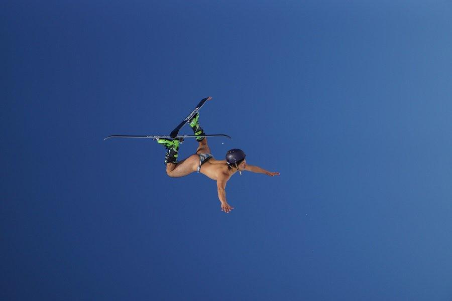 pants skiing photo