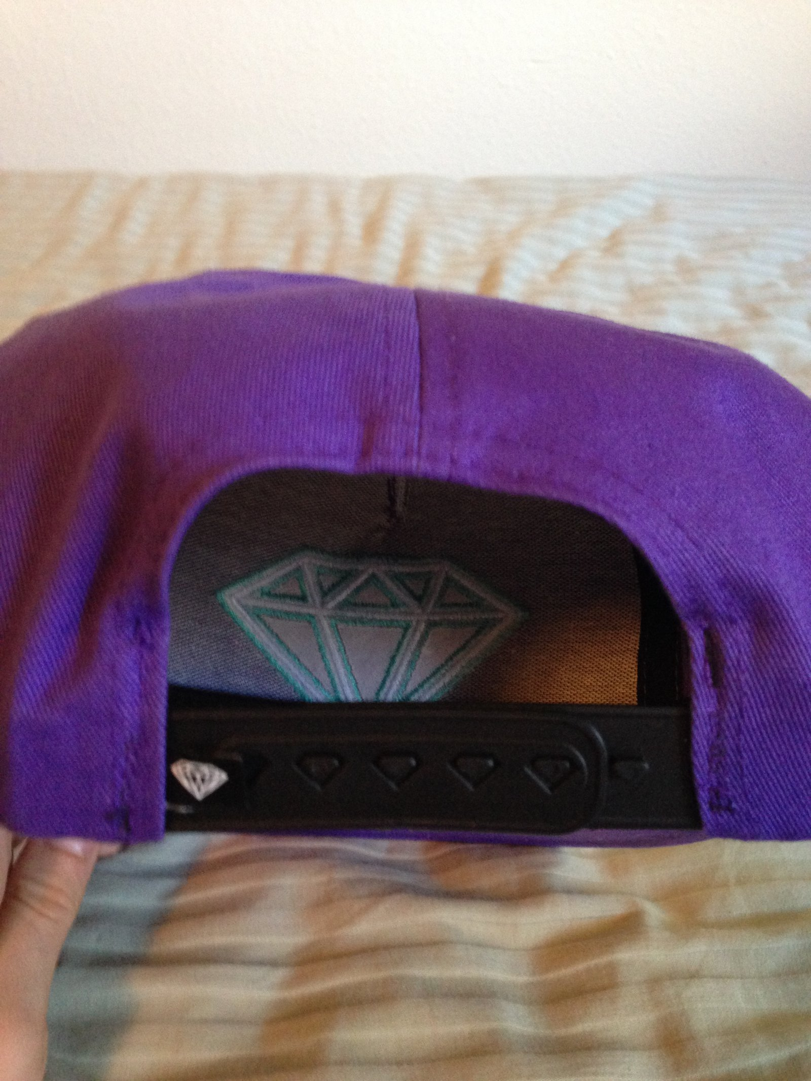 Diamond Hat Back