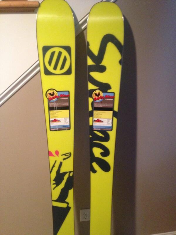 skis3.jpg