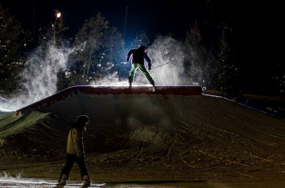 Hittin rails at night