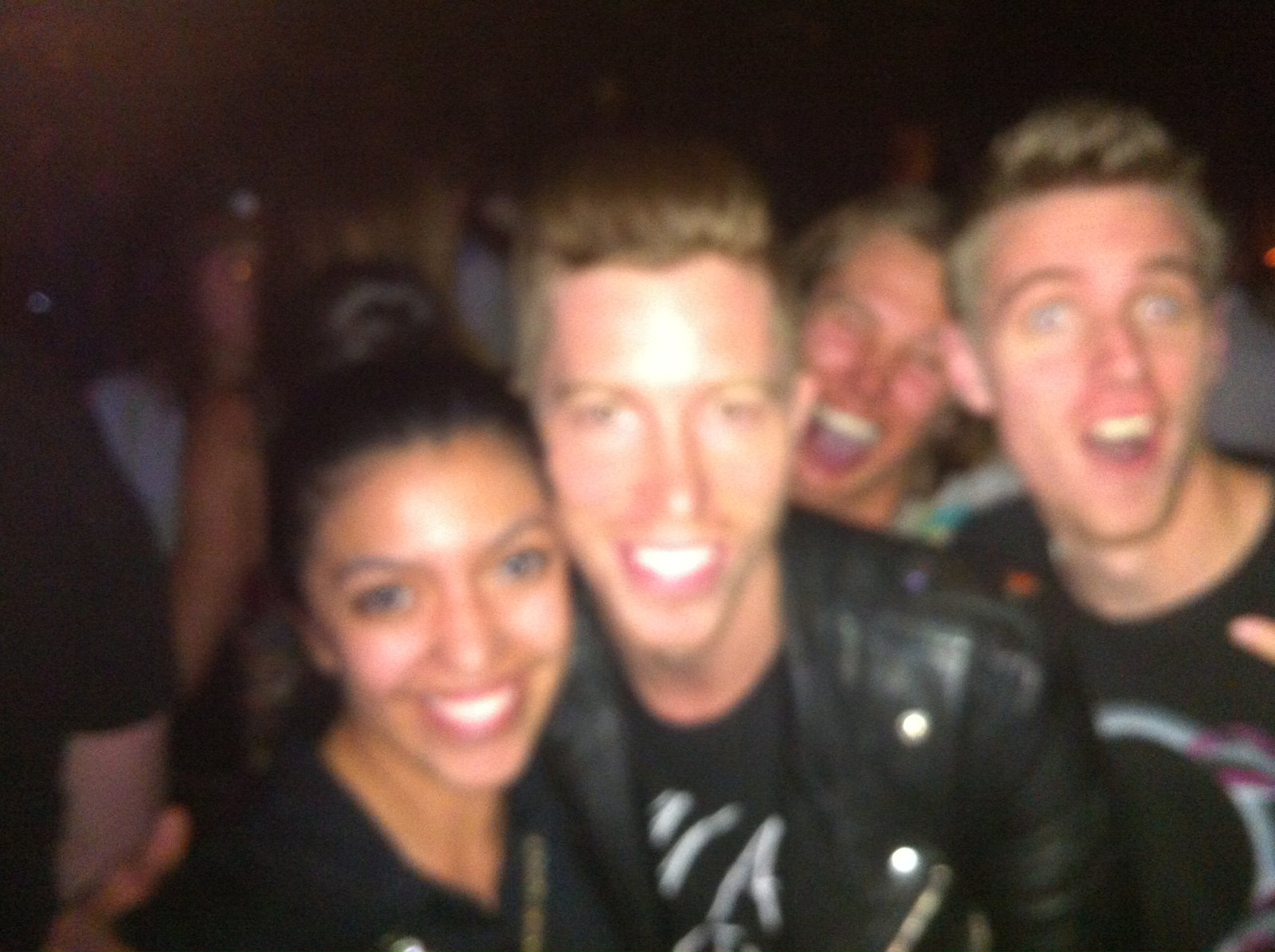 SHaun WHite photobomb