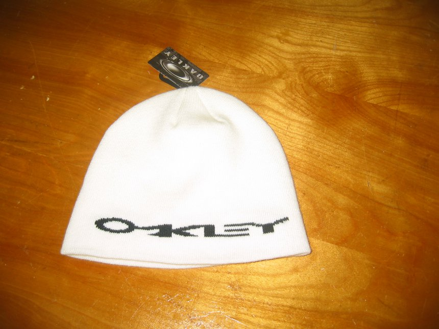 oakley hat brand new with tags fs