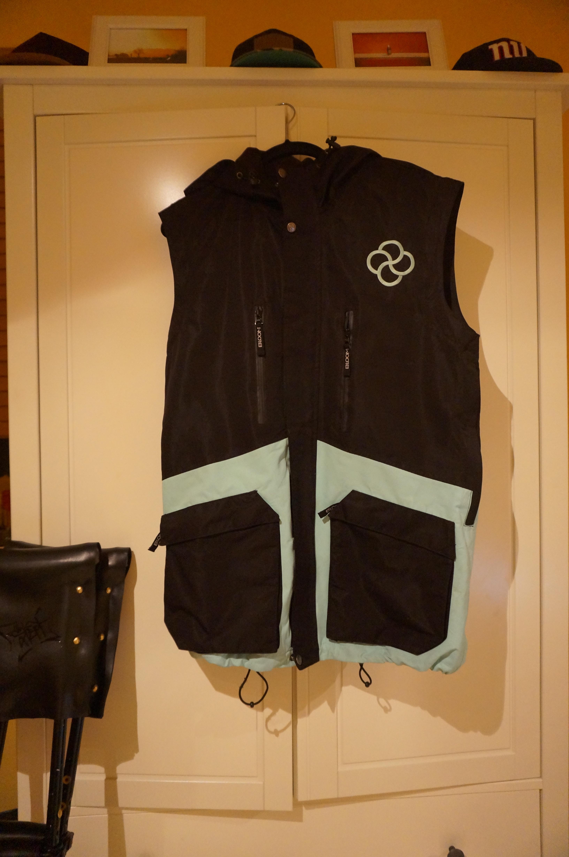 Bloom Outerwear ?12 ? ?13