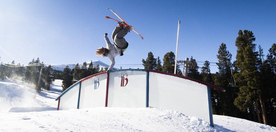 WATCH: 15 Free Ski Movies