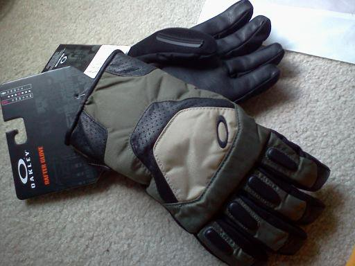 Gloves for sale