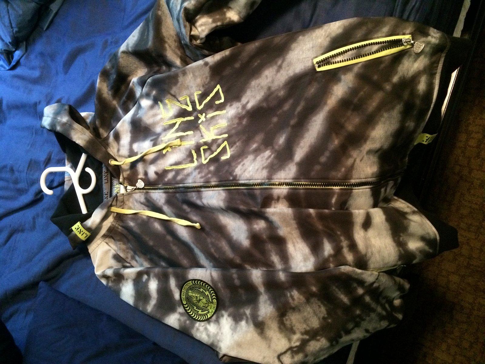 Line Jacket