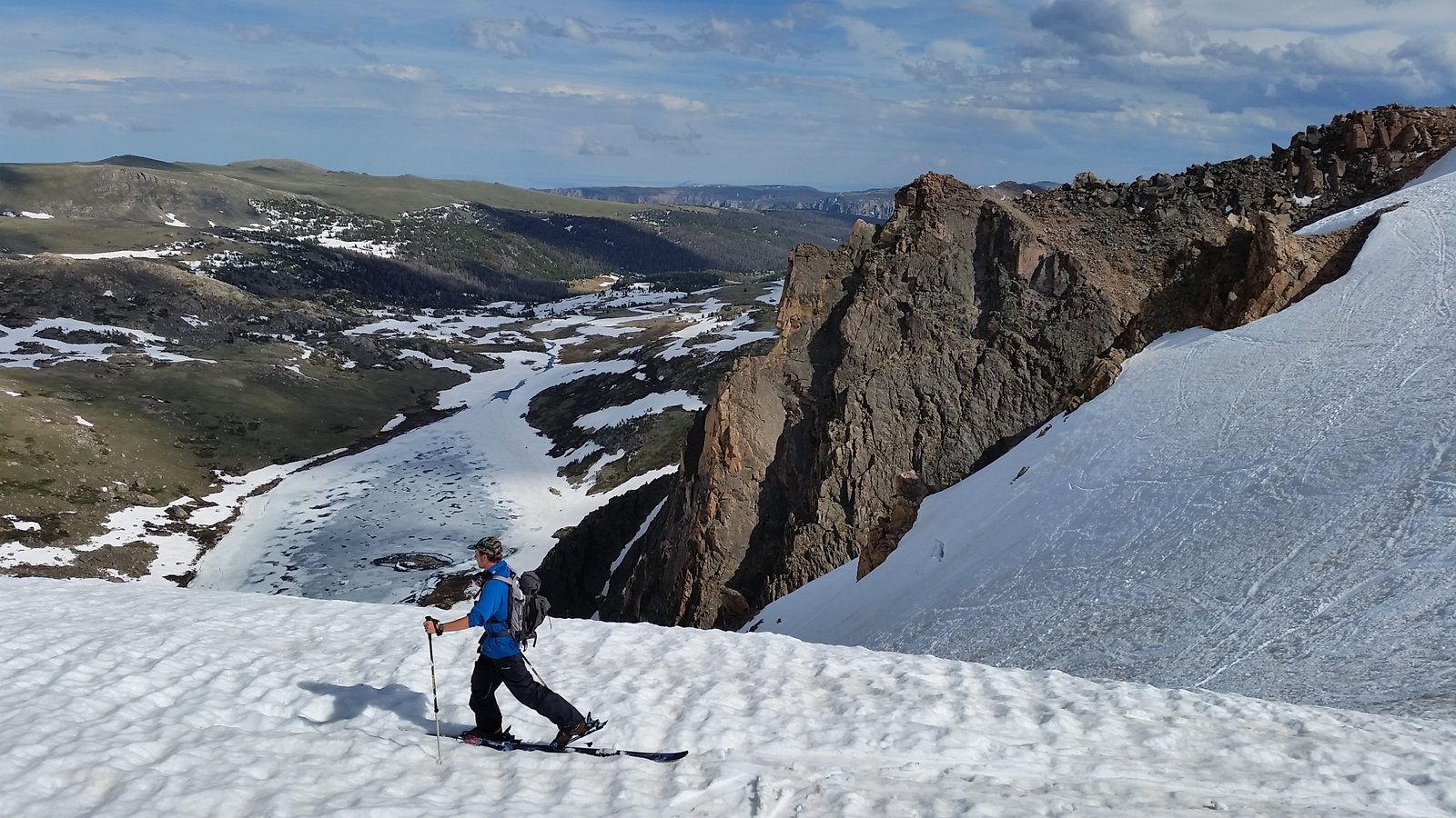 Skinning out of the headwall