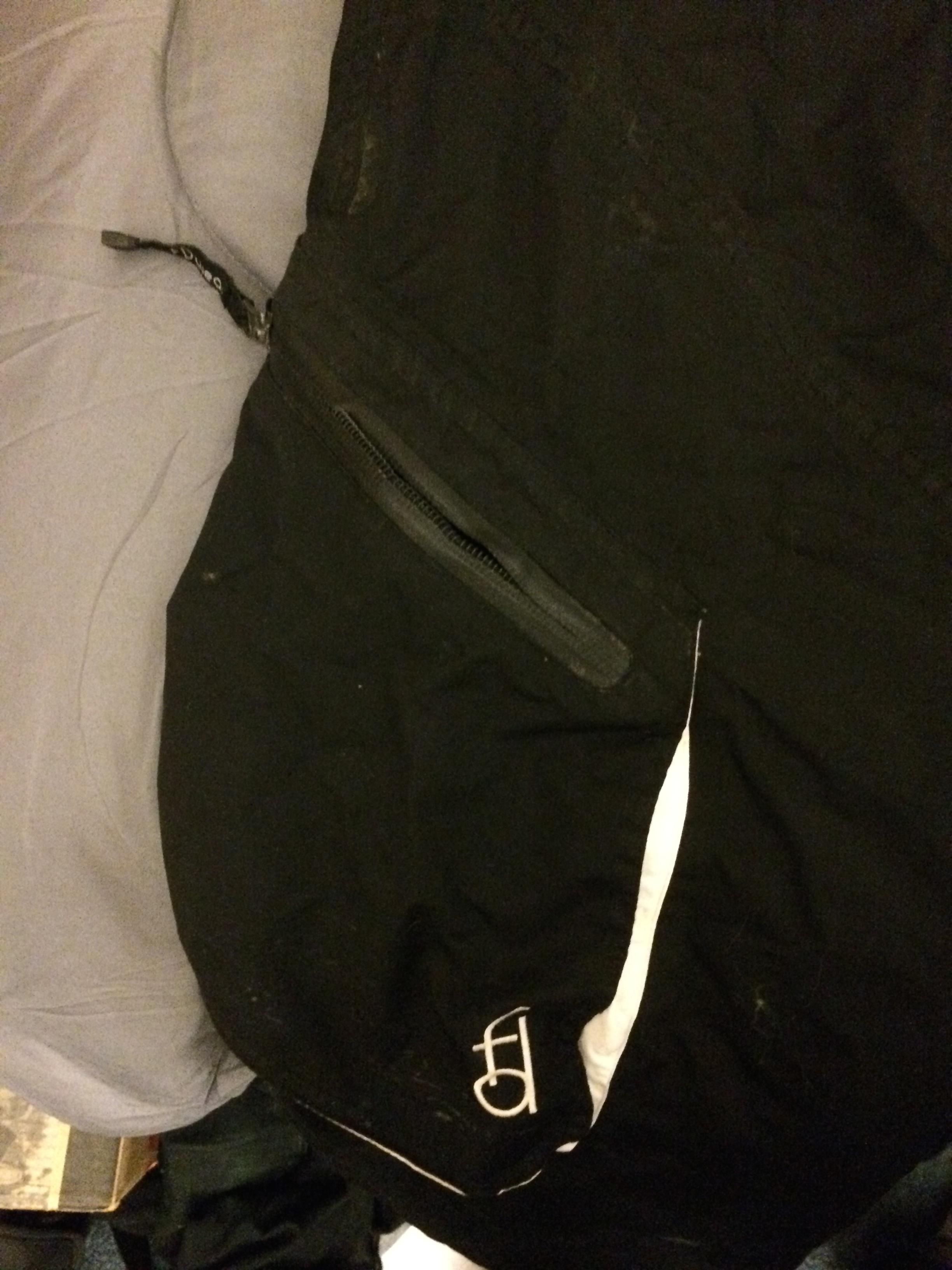 broken zipper.jpg