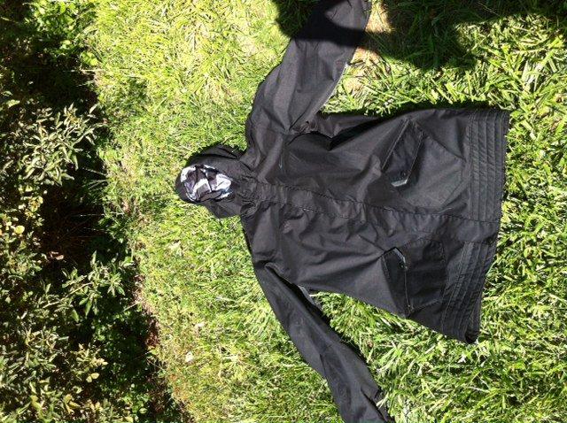 FOR SALE: Oakley Jacket XL Long Fit