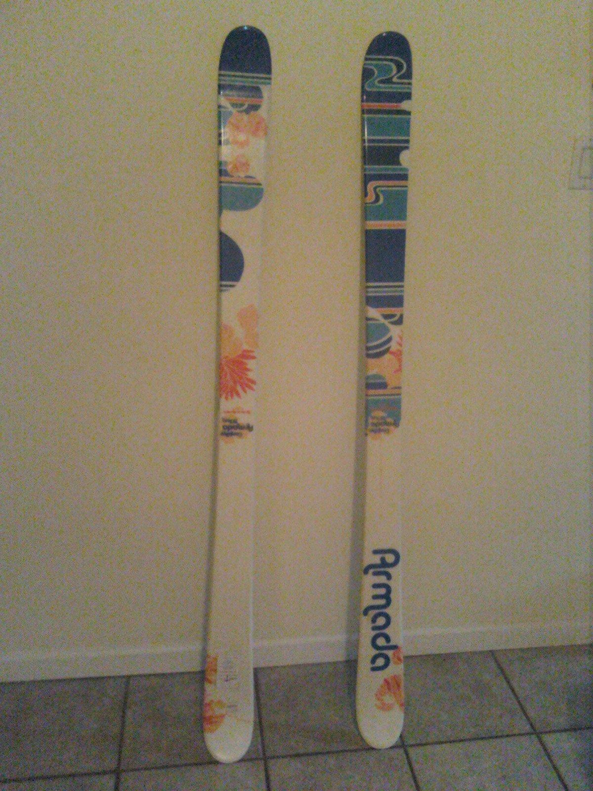 skis 003.jpg