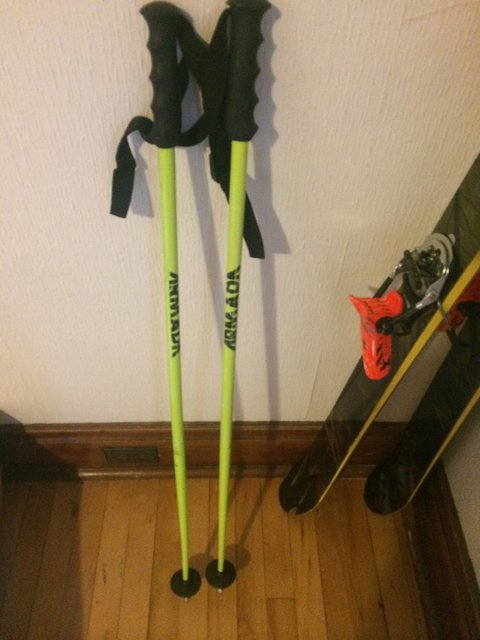 For Sale - Armada Poles (105)cm