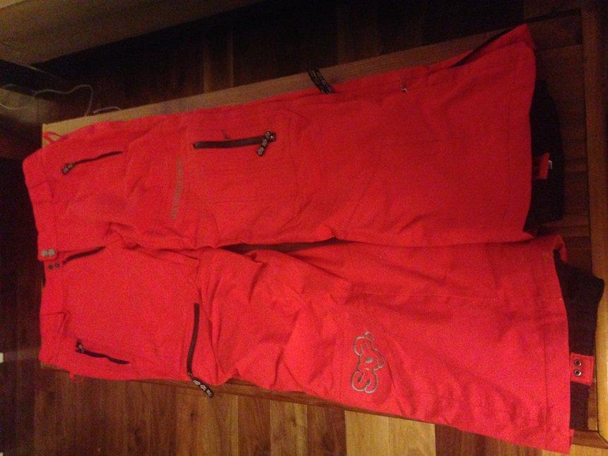 Pants-front