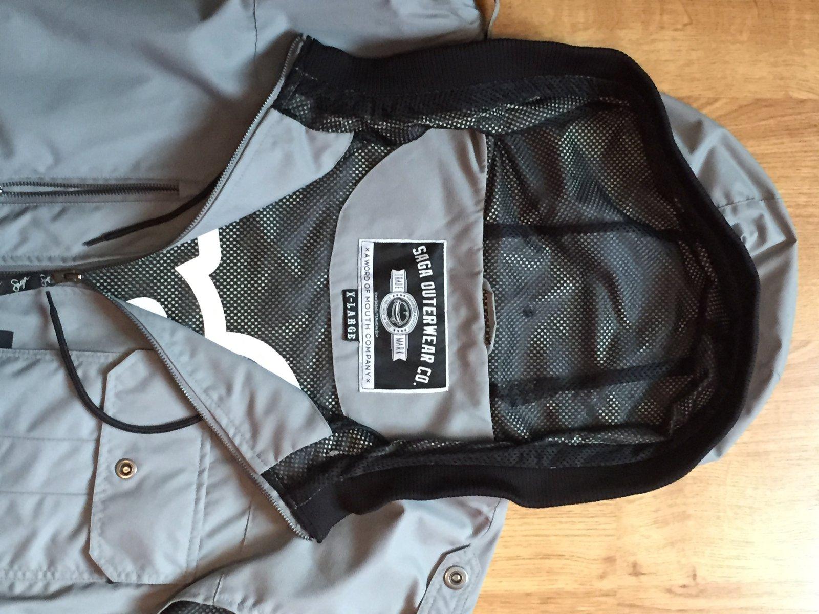 FS: Saga Vest, XL, tag view