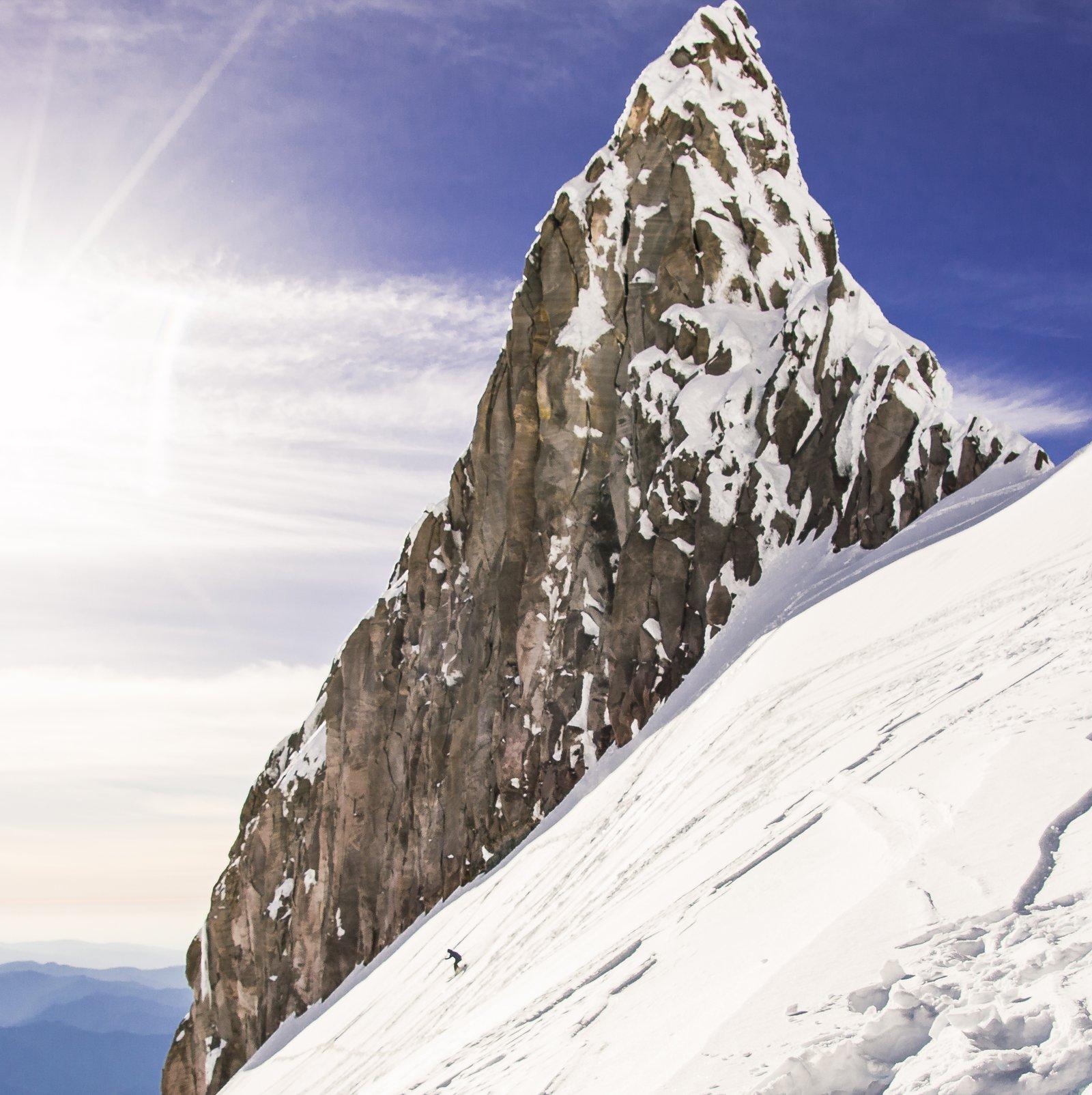 Derek Roy Skiing Illumination