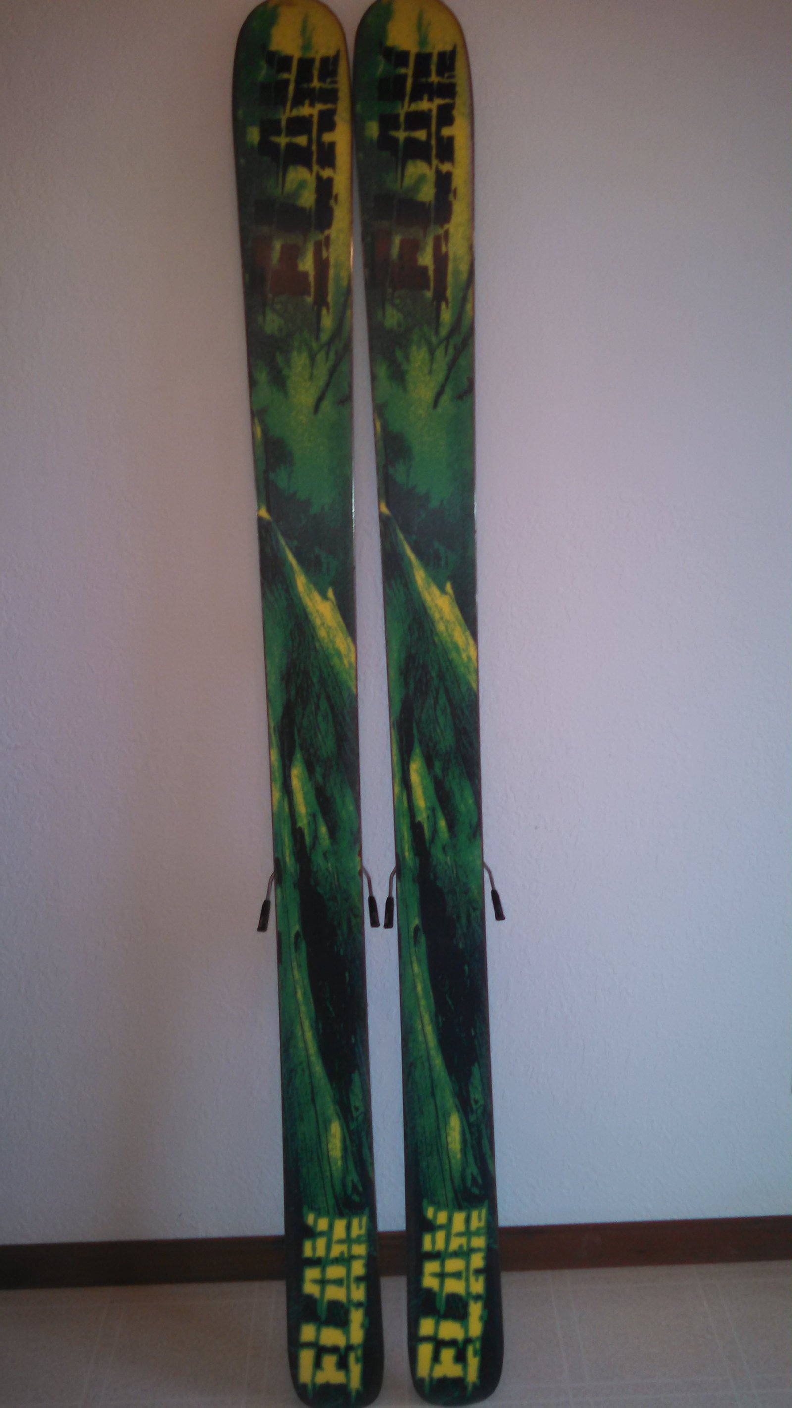 FOR SALE: Elan Chainsaw 187cm, 115mm waist, rocker