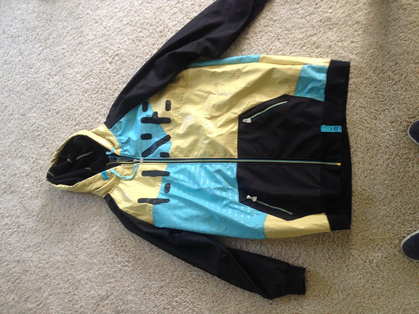 lines ski jacket front
