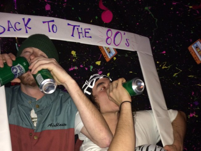 Bum life: Bottoms up, Tips up